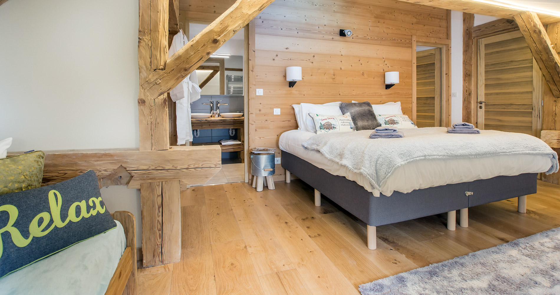 Chalet Perdix en-suite double bedroom